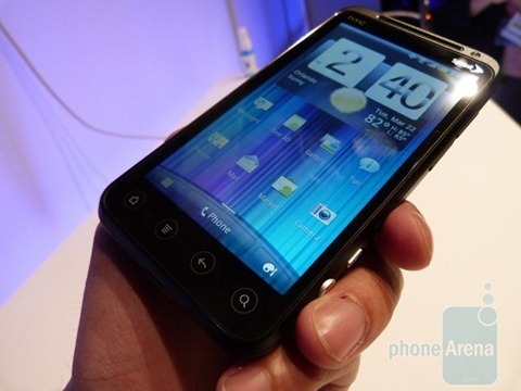HTC-EVO-3D-Hands-on-007
