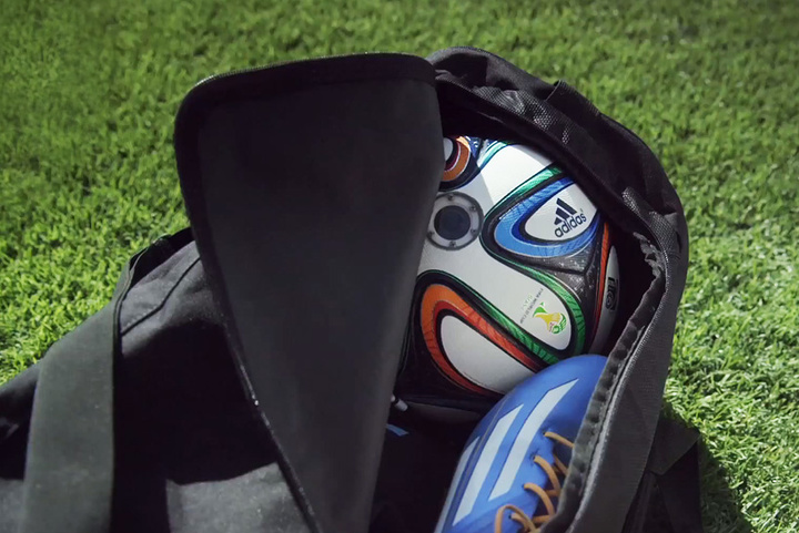 adidas-ball-with-camera-world-cup-2014-designboom-01