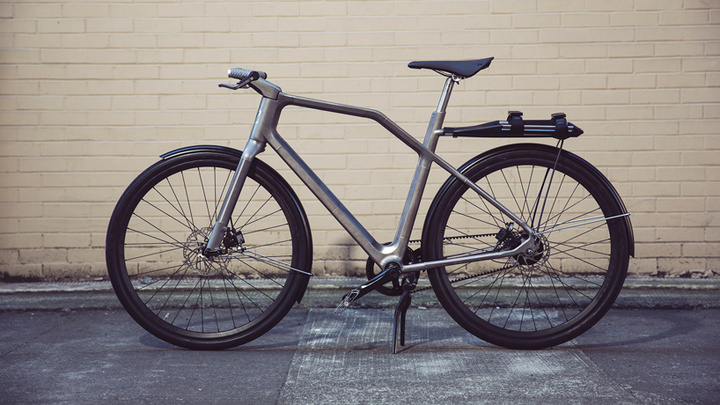 industry-ti-cycles-solid-bike-designboom07