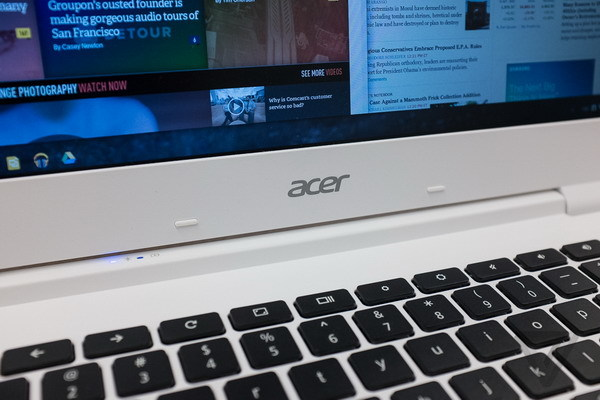 acerchromebook13-1020-8_verge_super_wide