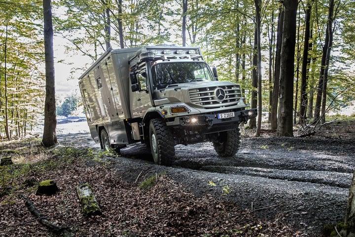 Mercedes-Benz-Zetros-3