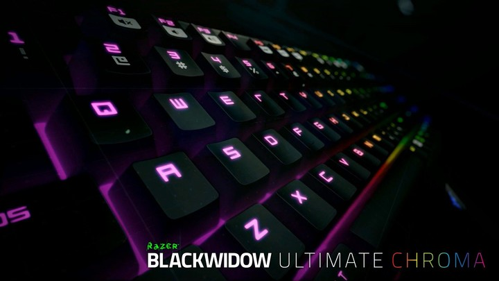 razer-announces-chroma-keyboard-mouse-and-headset