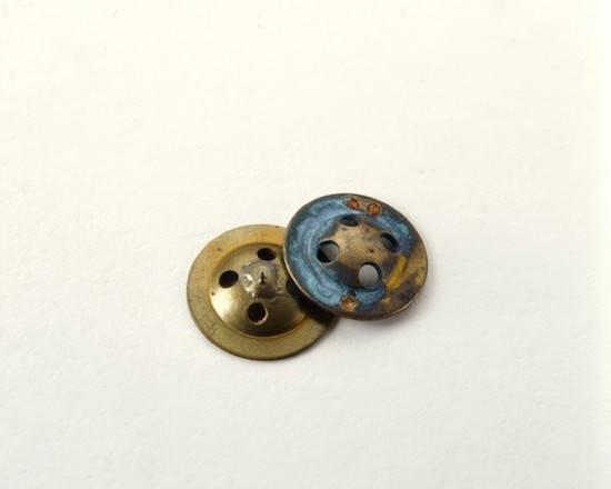 button-compass-660x528