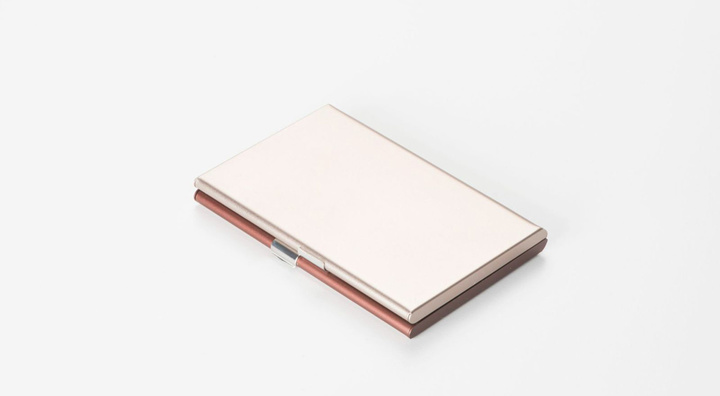 fine-collection-pauline-deltour-lexon-designboomg12
