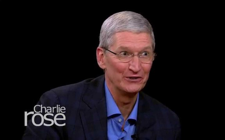 apple-ceo-tim-cook-digs-at-amazon-theyre-not-a-product-company-geekwire1