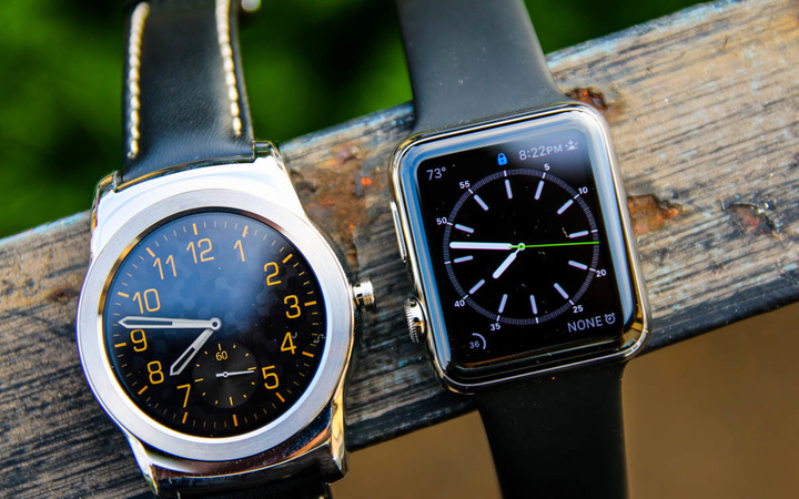 Android-Wear-Vs-Apple-Watch-4