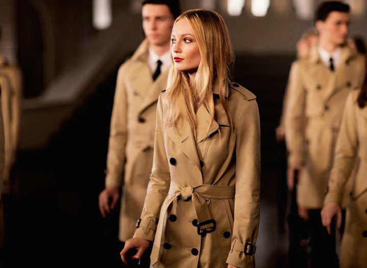 hannah-dodd-trench-coat-burberry-campaign-main