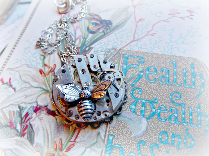 steampunk-necklace-watch-parts-alice-louise-8