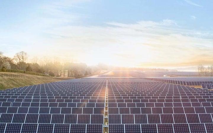 Apple-solar-farm-image-001