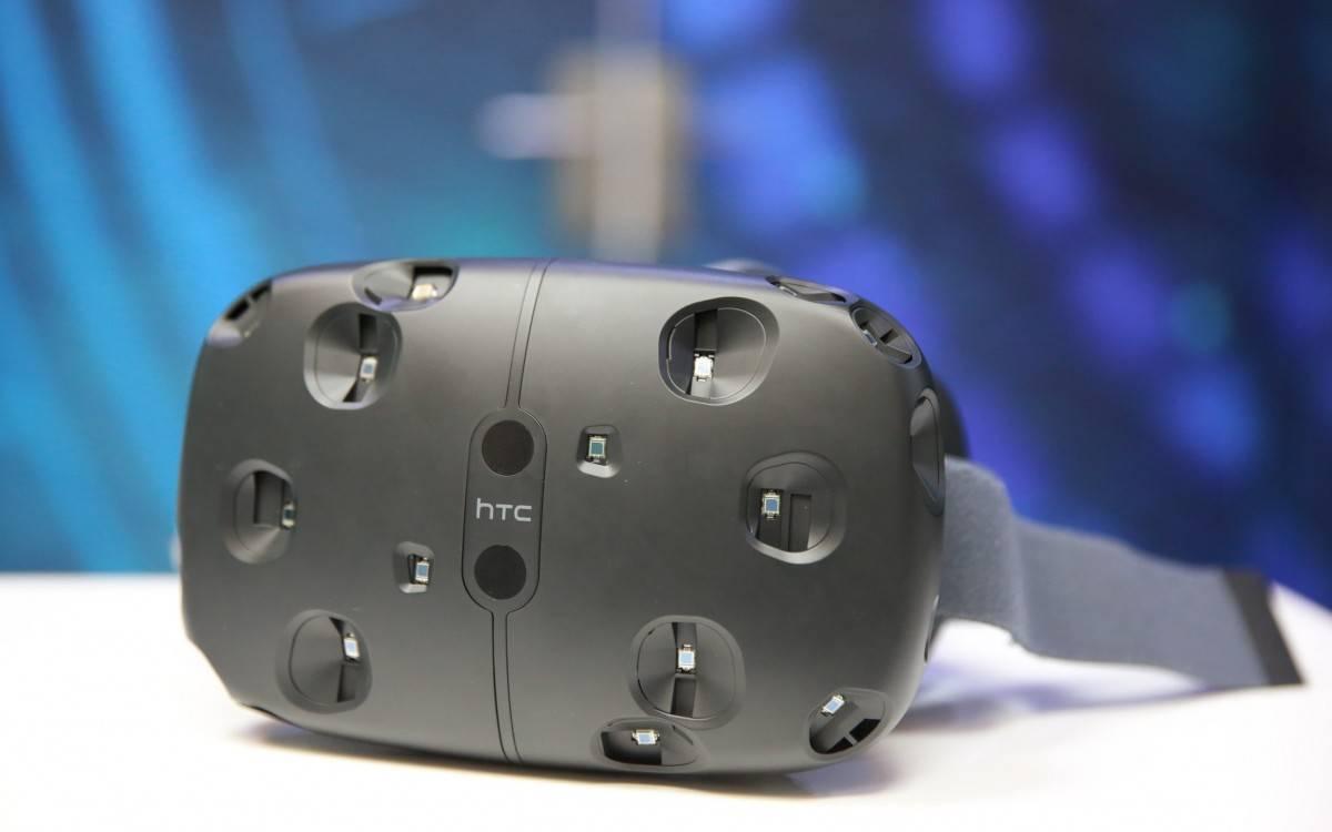 媒体赞不绝口的 HTC Vive,究竟好在哪里?