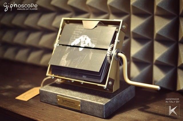 Giphoscope (1)