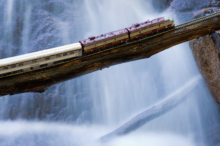 canadian-ghost-train-canada-waterfall__880