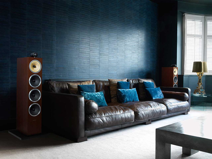 bowers-and-wilkins-cm10-speaker-wenge-living-room