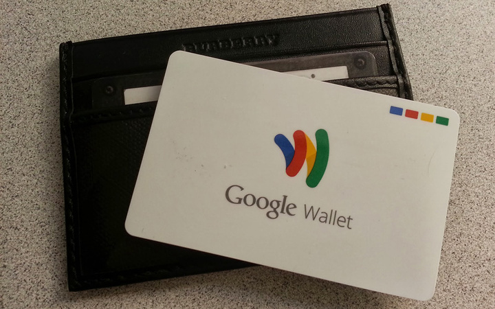 google-wallet-card-and-wallet