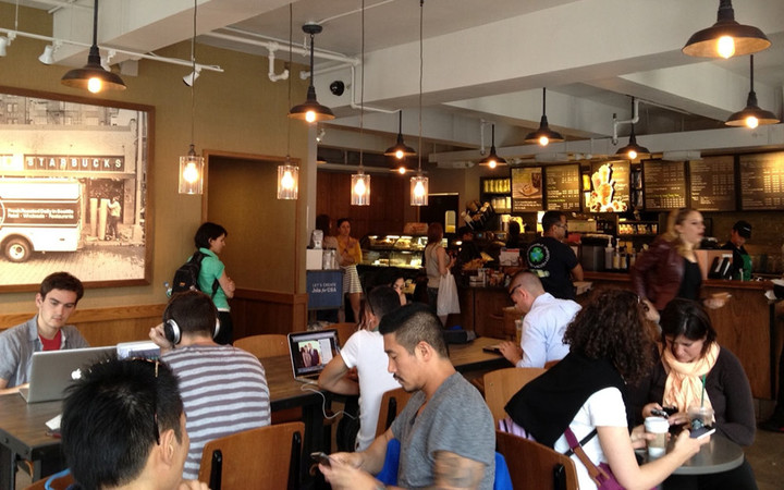 1-Starbucks_room
