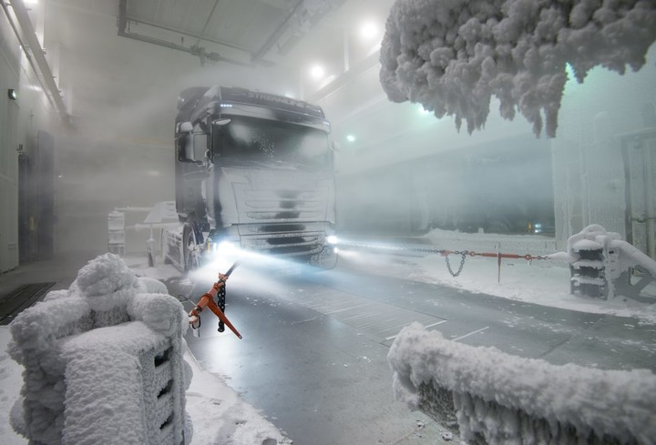 Scania climatic wind tunnel, snow test. Scania R 490 4x2 Streamline, Highline cab. Södertälje, Sweden Photo: Dan Boman 2013