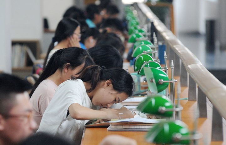 160607113328-gaokao-students-china-study-exam-college