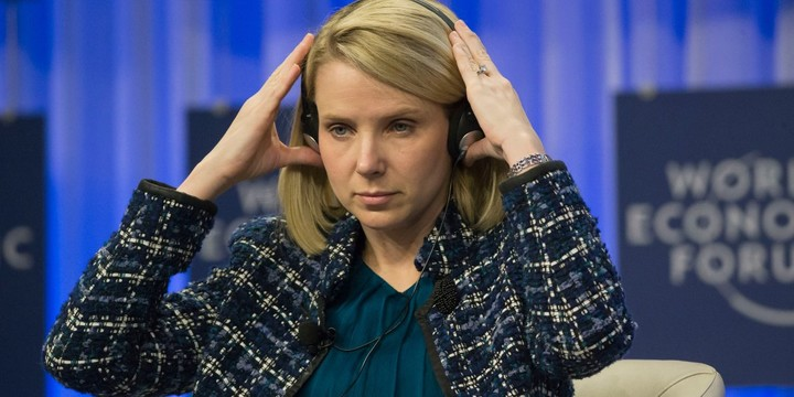 nyu-professor-says-the-only-reason-yahoo-hasnt-fired-marissa-mayer-is-that-she-just-announced-shes-pregnant-with-twins