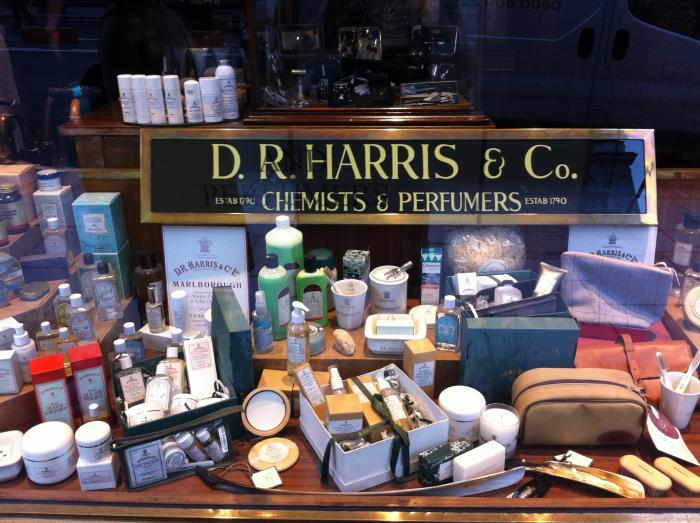DR_Harris_Shop_02