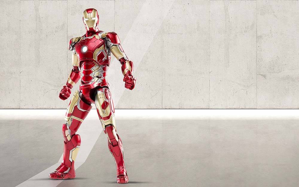 Iron-Man-Mark-43-Diecast-Comicave-001