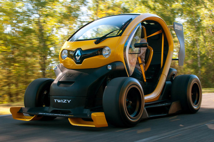 renault-twizy-f1-action-2