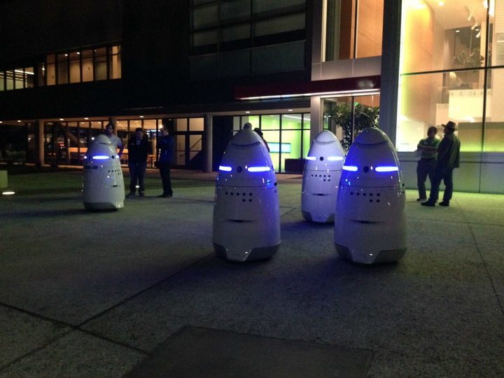 robocops-in-silicon-valley-facebook-knightscope-fb-page-jpg_meitu_7