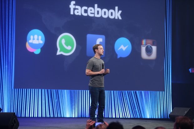 mark-zuckerberg-in-front-of-family-of-apps-slide-100576528-primary.idge