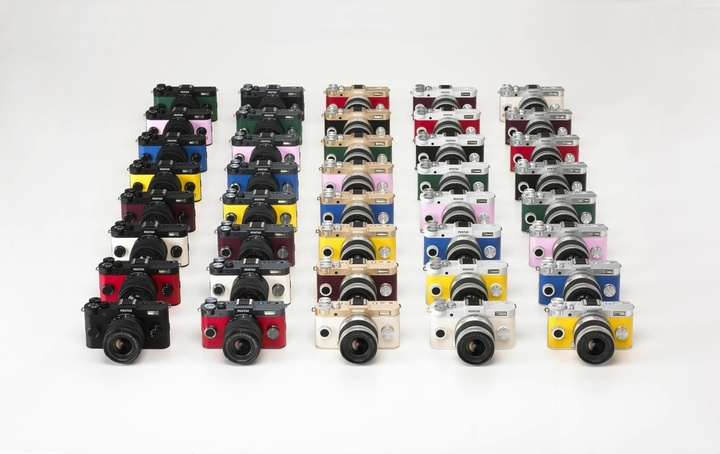 pentax-q-s1-worlds-most-compact-interchangeable-lens-camera-1