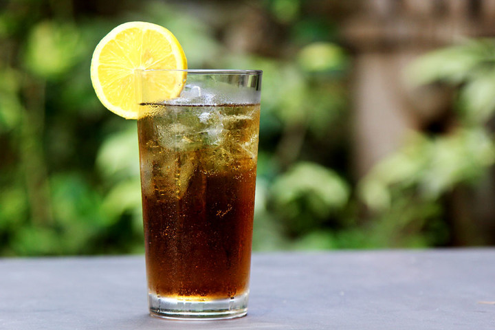 Make-a-Long-Island-Iced-Tea-Step-9