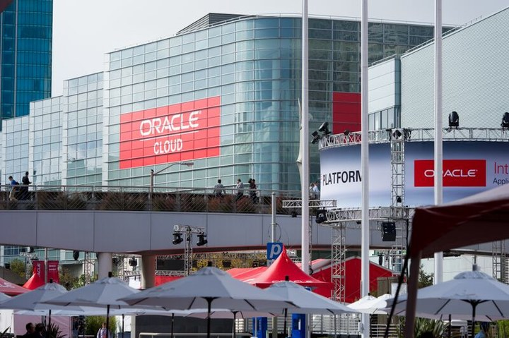 oracle-cloud-plaza-oow-2015-02