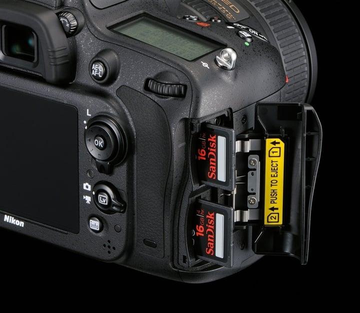 nikon-d610-card-slot