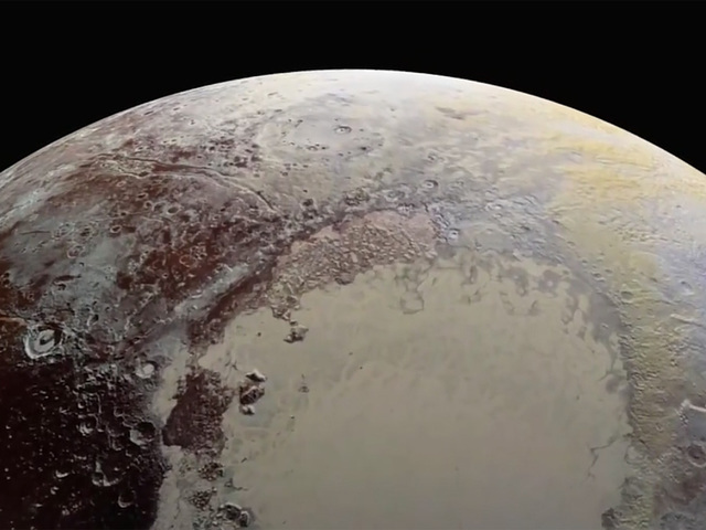 wptv-pluto-close-up-photo_1449343014520_27929673_ver1-0_640_480