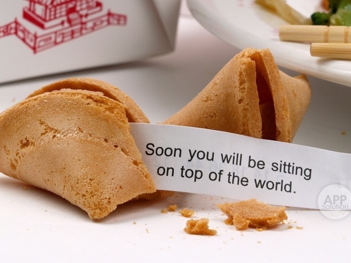 fortune-cookie_shutterstock_1875059