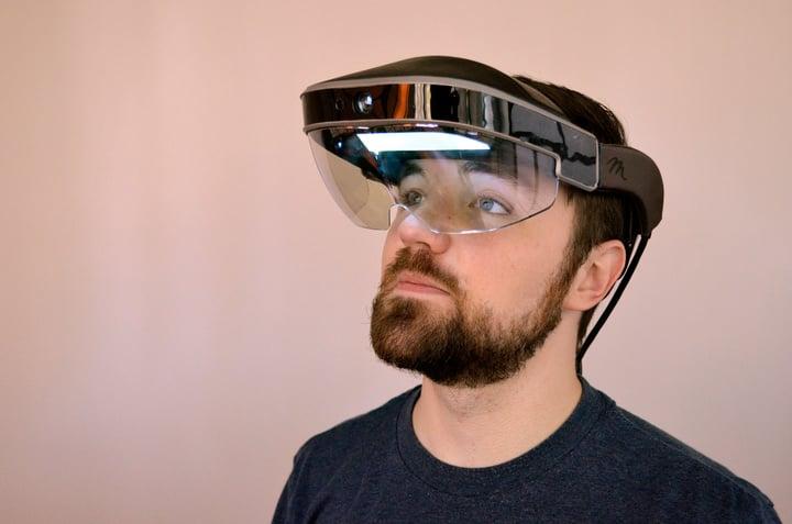 meta-2-development-kit-hands-on-augmented-reality-headset-ar-3-1