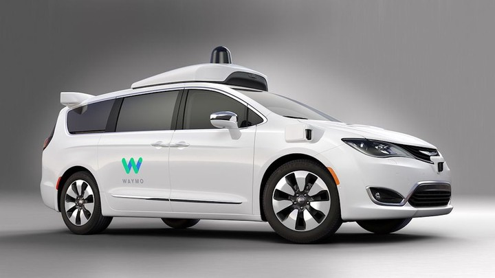 waymo-fca-chrysler-pacifica-hybrid-1