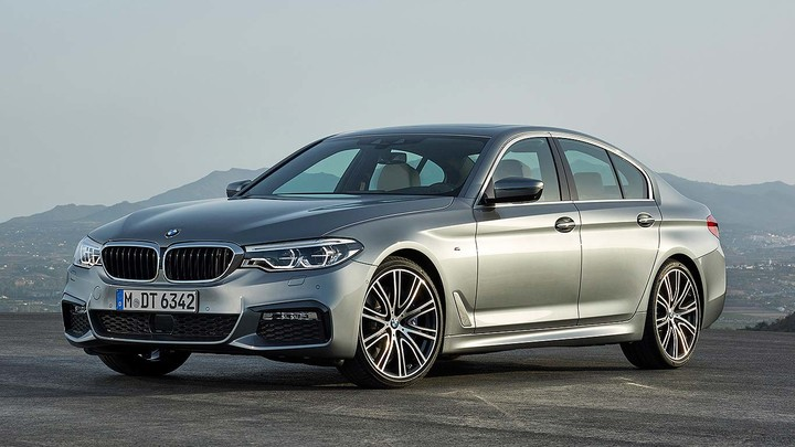 new_2017_bmw_5_series_g30_01