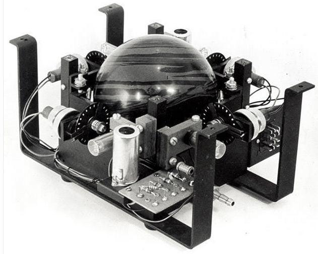 童年微机课的最爱,双飞燕鼠标的滚球比游戏还有魔力 | 极客博物馆