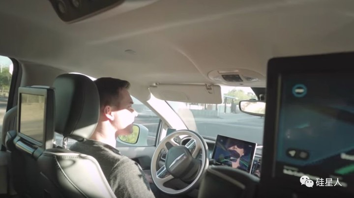 坐Waymo通勤是什么体验?道路千万条,安全第一条