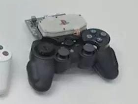 在PS4手柄诞生前,它可能是这个样子的
