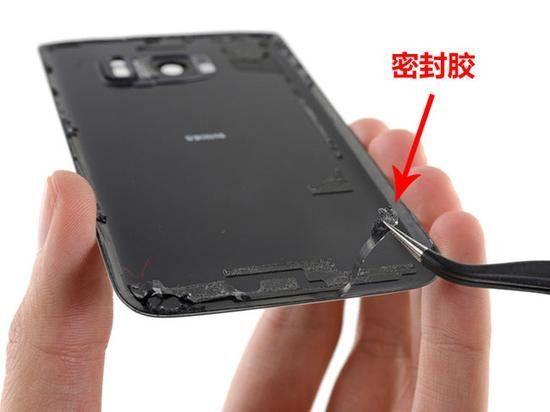 明明是防水手机,进水却不保修?