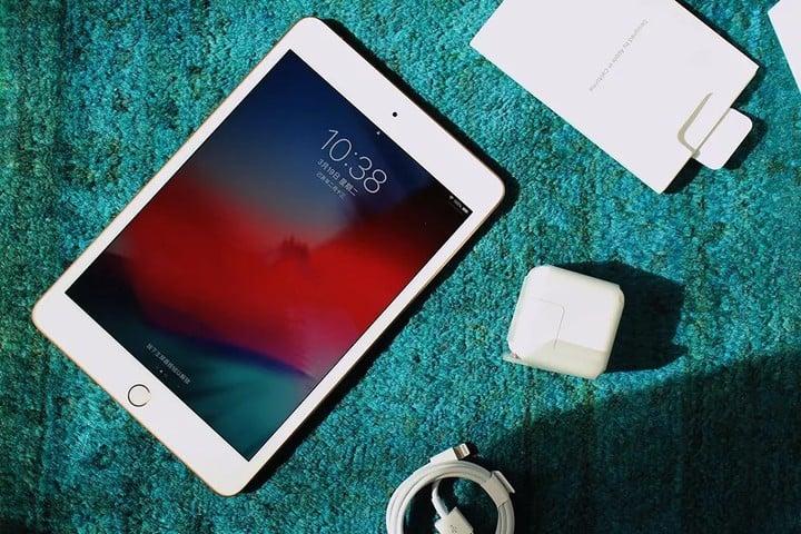 2019款iPad mini评测:拳打游戏手机 脚踩小尺寸平板