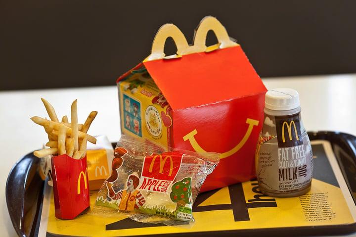 以後在麥當勞吃開心樂園餐可能沒有塑料玩具了,因為這很不綠色環保