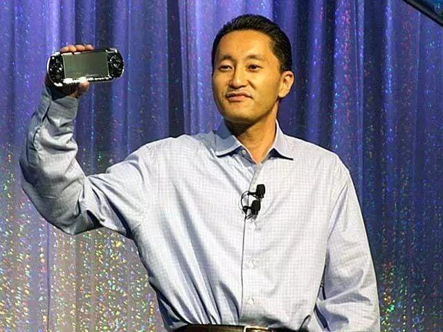 随时随地玩战神、怪猎,12 年前索尼靠 PSP2000 硬刚任天堂 | 极客博物馆