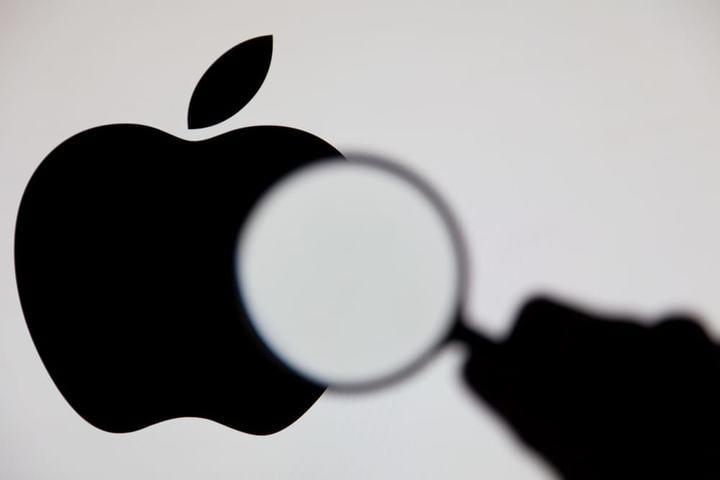 早报 | iPhone 12 或不再配有线耳机 / 拼多多市值首次突破千亿 / 离京需持核酸检测阴性证明