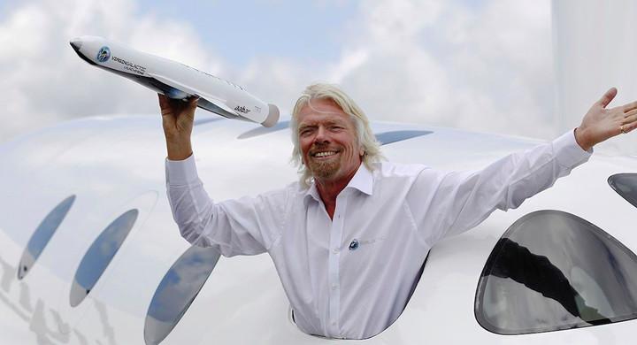刚刚,全球首富贝索斯飞入太空,全民太空旅行时代要来了?